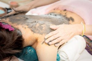 detoxifying body wraps